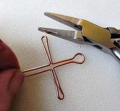 How to make a cross. Wire Wrapped Cross Tutorial - Step 8