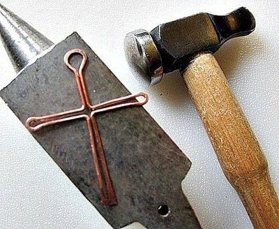 How to make a cross. Wire Wrapped Cross Tutorial - Step 9