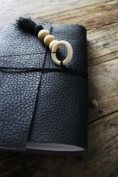 How to make a leather journal. Diy Leather Notebook - Step 3