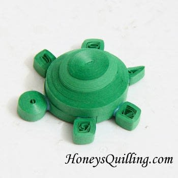 How to fold a piece of quilled art. Paper Quilled 3 D Turtle - Step 9