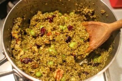How to cook a quinoa salad. Pesto & Edamame Quinoa Salad - Step 2
