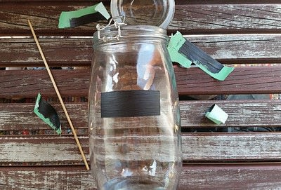 How to decorate a bottle / jar. Painted Chalk Labels For Your Glass Jars - Step 6
