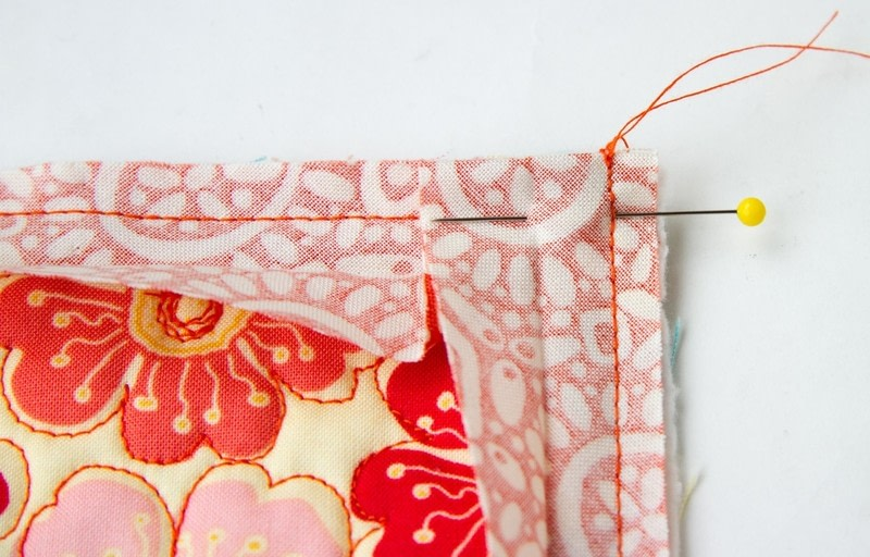 Quilt Binding Tutorial Turning A Corner And Making A Point
