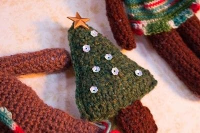 How to make a gingerbread man plushie. Crochet Gingerbread Man  - Step 13