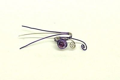 How to make a wire ring. Swirly Ring - Step 5