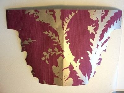 How to make a garland. Wallpaper Leaves Garland - Step 6