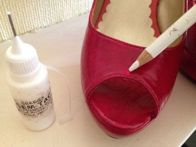 How to paint a pair of painted shoes. Red Ruby Shoes Revamp! - Step 7