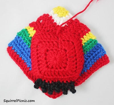 How to make a parrot plushie. Parrot Origami-Inspired Amigurumi - Step 8