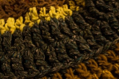 How to make a cowl. Fringed Crochet Cowl  - Step 3