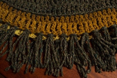 How to make a cowl. Fringed Crochet Cowl  - Step 5