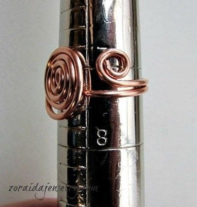 How to make a wire swirl ring. How To Make A Spiral Wire Ring - Step 10