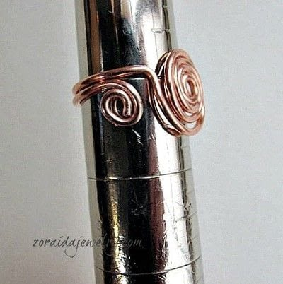 How to make a wire swirl ring. How To Make A Spiral Wire Ring - Step 11