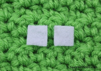 How to stitch a French knot. How To Add Faces To Your Amigurumi Part 5: Simple Eyes With Felt And French Knots - Step 1