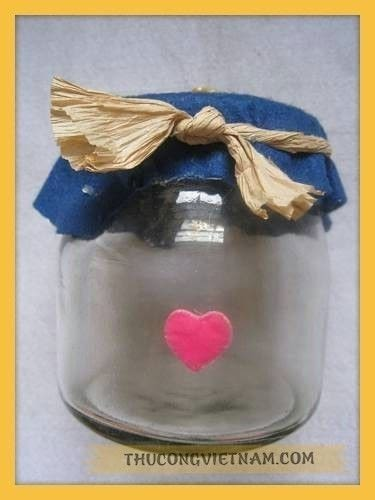 How to make a plastic bottle model. Cute Jar To Save Money - Step 4