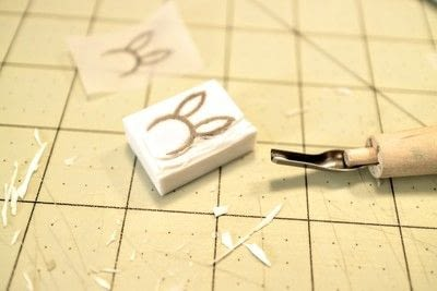 How to make a stamper. DIY Rubber Stamps - Step 5