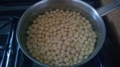 How to cook a curry. Chickpea & Vegetable Curry - Step 1