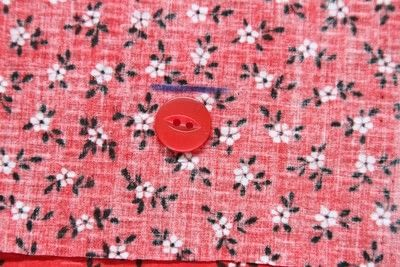 How to sew a buttonhole. Tips On Sewing Buttonholes - Step 4