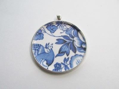 How to make a pendant necklace. Time For Tea - Step 3