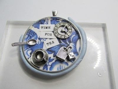 How to make a pendant necklace. Time For Tea - Step 6