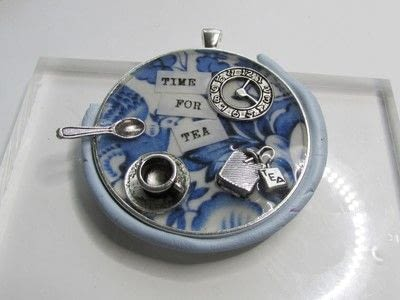 How to make a pendant necklace. Time For Tea - Step 7