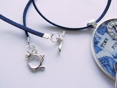 How to make a pendant necklace. Time For Tea - Step 10