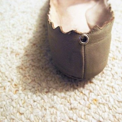 How to revamp a pair of lace-up shoes. Lace Up Flats - Step 2