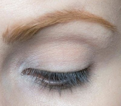 How to create a two toned eye makeup look. Mother Earth Look - Step 1