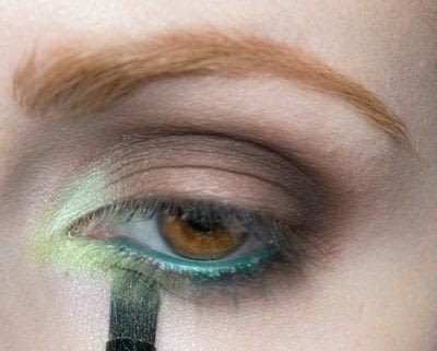 How to create a two toned eye makeup look. Mother Earth Look - Step 6