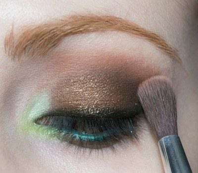 How to create a two toned eye makeup look. Mother Earth Look - Step 10