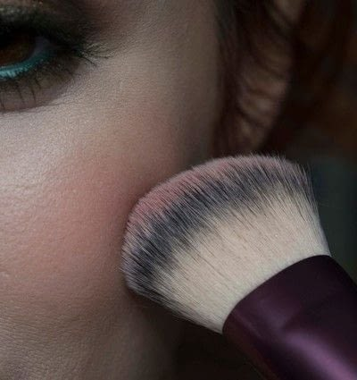 How to create a two toned eye makeup look. Mother Earth Look - Step 14