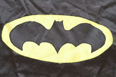 How to make a cape / cloak. Diy Superhero Cape - Step 3