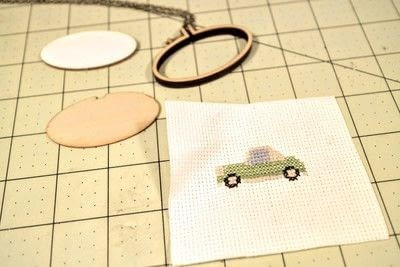 How to make a stitched necklace. Cross Stitch Figaro Necklace - Step 3