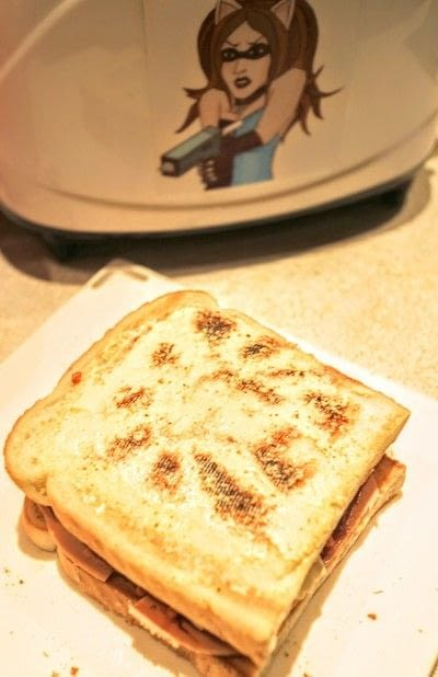 How to cook a grilled cheese sandwich. Grilled Briesus - Step 3