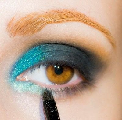 How to create a smokey eye. Depths Of The Sea - Step 7