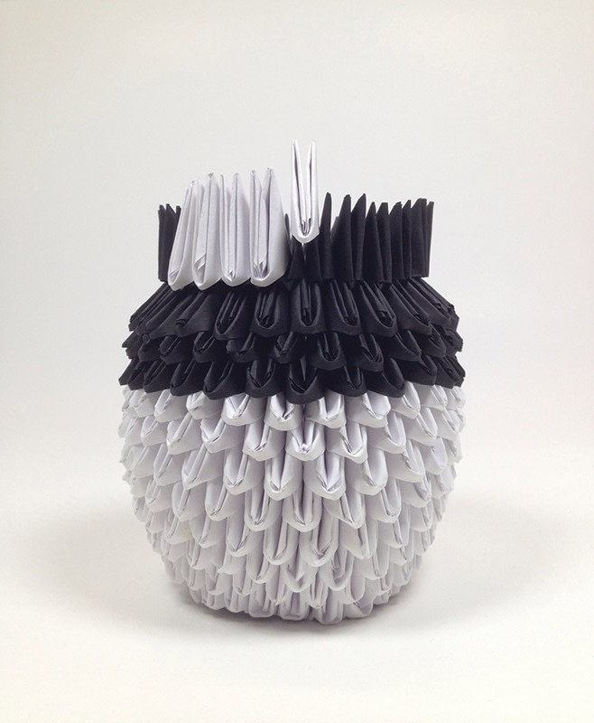 3D Origami Panda · Extract from 3D Origami Fun! by Stephanie