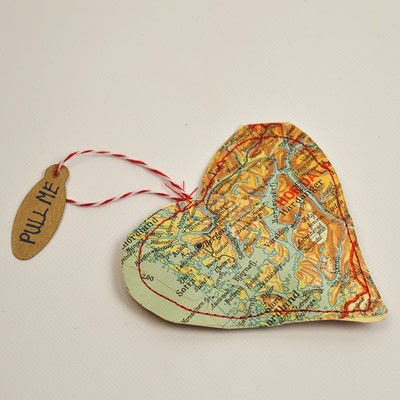 How to make a gift bag. Personalised Heart Map Treat Bags - Step 5