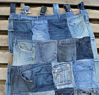 How to make a wall tidy storage unit. Upcycled Denim Pocket Organiser - Step 5