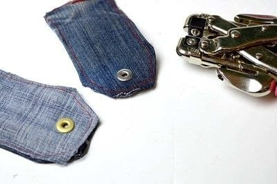 How to make a gift tag. Denim Gift Tag - Step 3