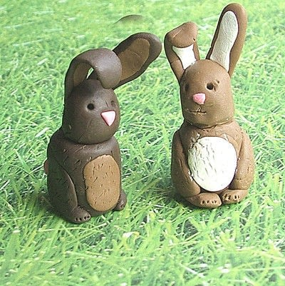 How to sculpt a clay rabbit. Fimo Chocolate Easter Bunnies! - Step 8