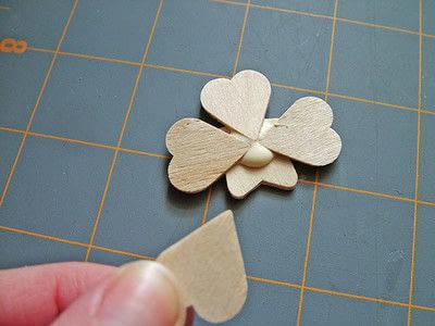 How to make a clips. Little Clover Clips - Step 3