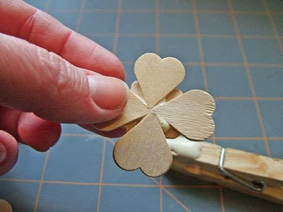 How to make a clips. Little Clover Clips - Step 5