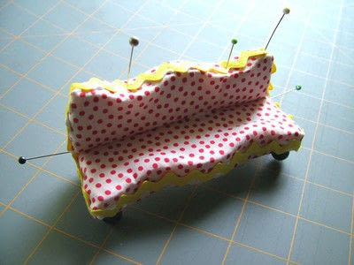 How to make a piece of doll furniture. Simple Dollhouse Sofas - Step 9