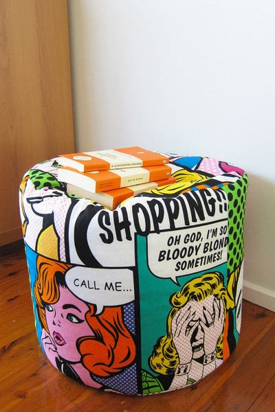 How to make a floor cushion. Pop Art Pouf - Step 11