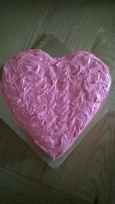 How to bake a chocolate cake. Valentines Cake - Step 10