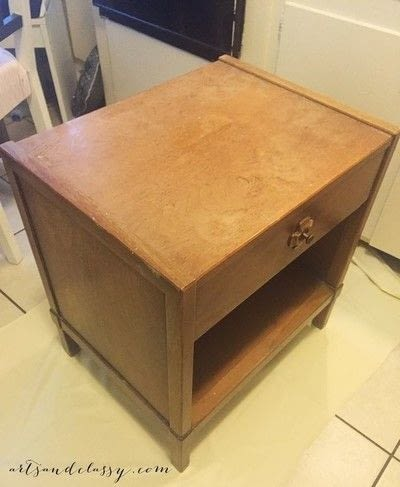 How to make a side table. Mid Century Modern Side Table Makeover  - Step 1