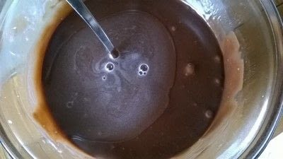 How to bake a mousse cake. Triple Chocolate Cake - Step 9