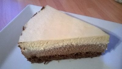 How to bake a mousse cake. Triple Chocolate Cake - Step 14