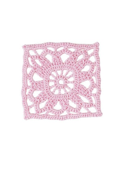 How to crochet a granny square blanket. Rose Bouquet Blanket - Step 3