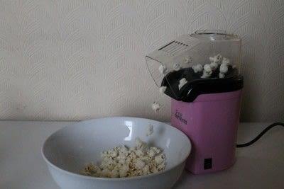 How to make popcorn. Marshmallow Popcorn - Step 4