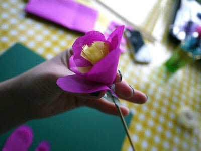 How to make a paper flower. Tissue Paper Flowers - Step 16